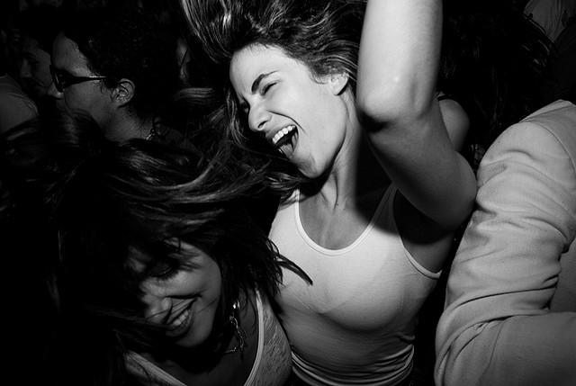 Dancing people